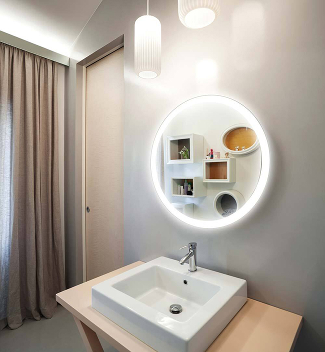 Mẫu gương soi nhà tắm trở thành điểm nhấn quan trọng cho cả không gian