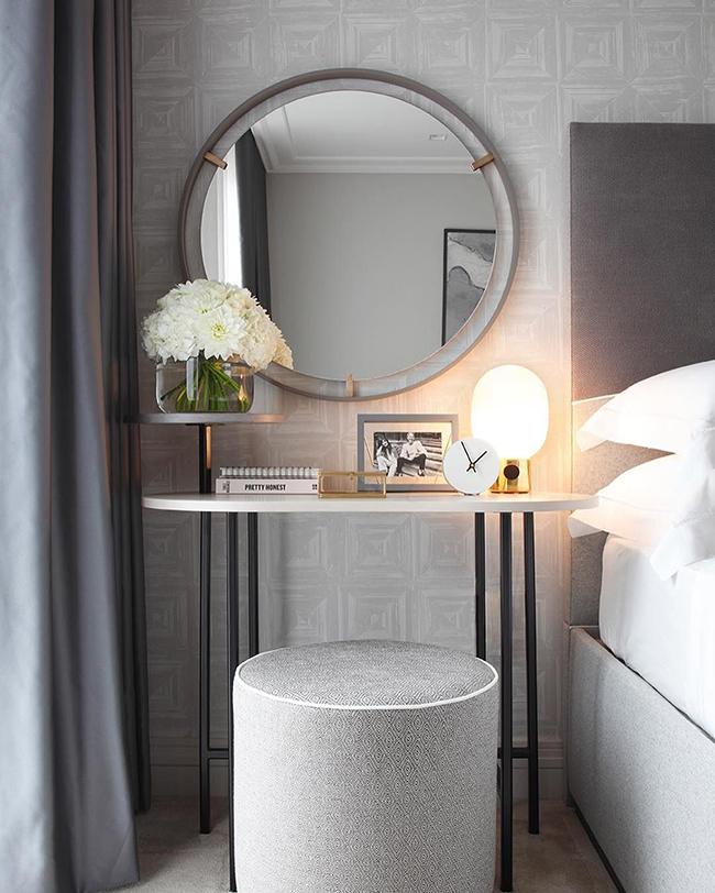 Chọn gương soi có kích thước phù hợp để tạo nên một không gian hài hòa