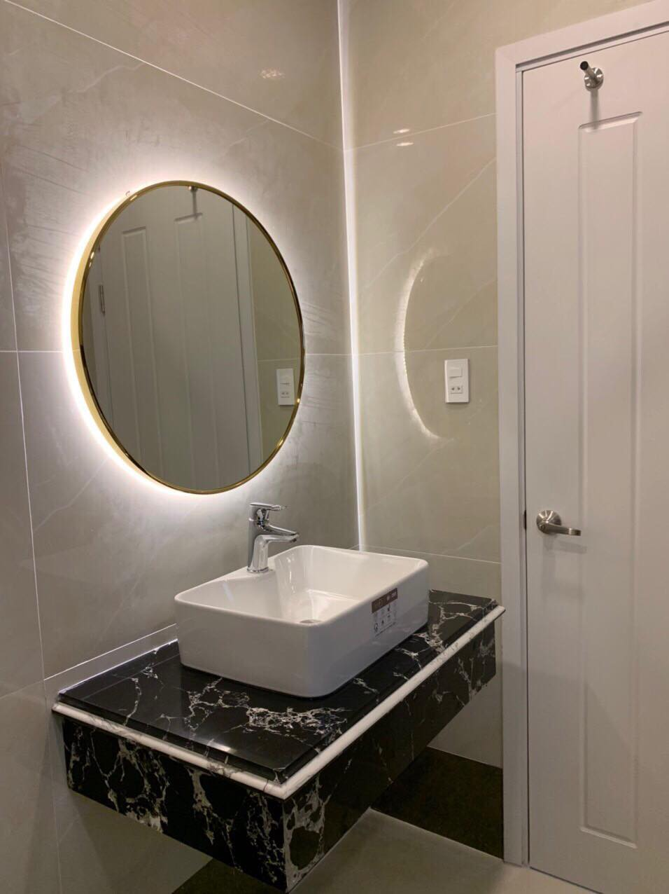 Gương tròn viền inox mạ vàng cao cấp đường kính D50
