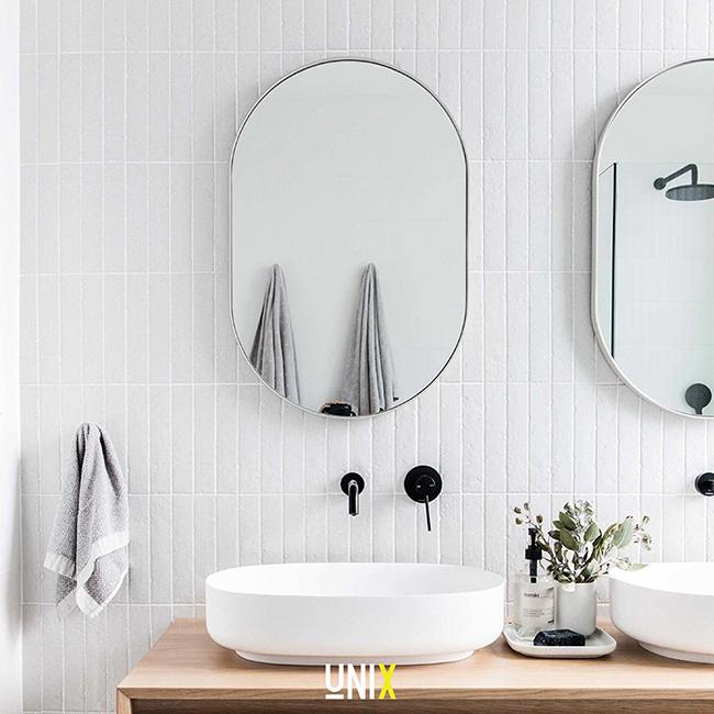 Gương treo tường nhà tắm Oval viền inox